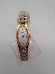 Pulsar Q uartz Ladies Gold and Silver Watch NEEDS NEW BATTERY OR REPAIR