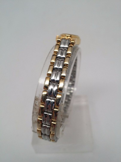 Pulsar Q uartz Ladies Gold and Silver Watch NEEDS NEW BATTERY OR REPAIR Image 3