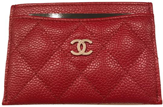Preload https://img-static.tradesy.com/item/21298655/chanel-red-holder-with-silver-hardware-caviar-leather-red-wallet-0-1-540-540.jpg