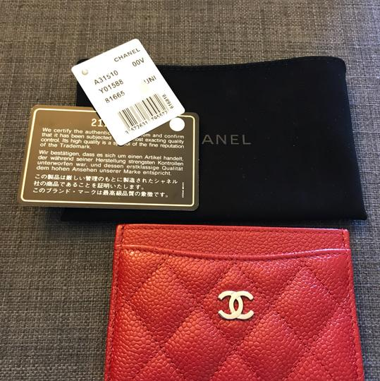 Chanel Chanel Card holder with silver hardware/ caviar leather (Red) Image 10