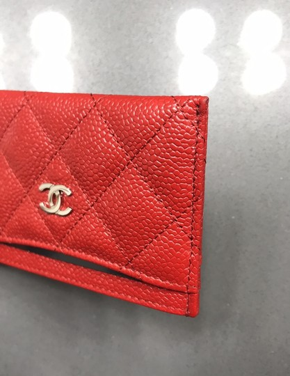 Chanel Chanel Card holder with silver hardware/ caviar leather (Red) Image 6
