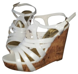 Herstyle White Wedges