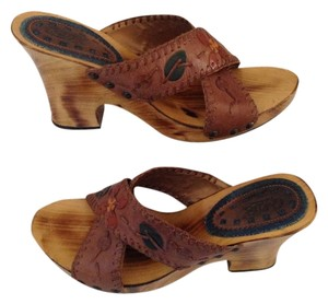 Carlos by Carlos Santana Frontier Natural Wood Look Metal Rivets Brown Sandals