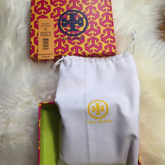 Tory Burch wallet Image 11
