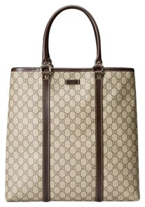 8afe0f7bd5f7e5 Gucci Brown/Beige Coated Canvas Business Tote in Beige/ebony