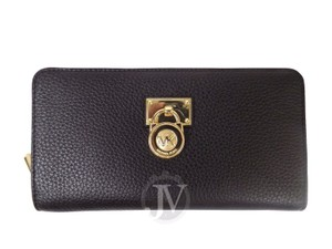 Michael Kors NWT MICHAEL KORS HAMILTON TRAVELER ZIP AROUND LEATHER BLACK WALLET