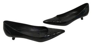 Gucci Black patent all leather but 1/2 resole cap toe kitten stack wood heels Pumps