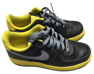 8eb0e12cea62 Yellow Nike Sneakers - Up to 90% off at Tradesy