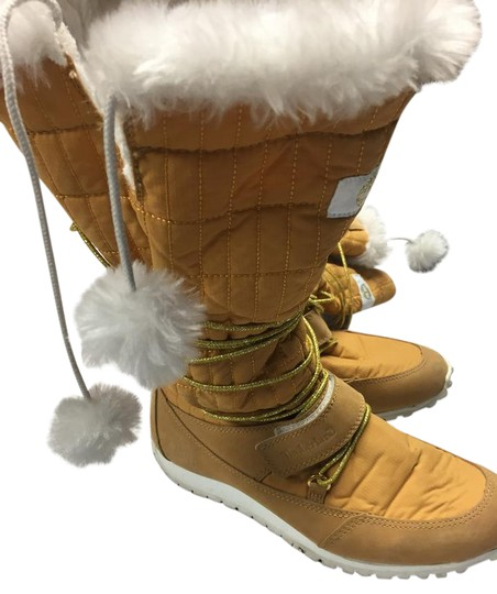 Preload https://item2.tradesy.com/images/timberland-camel-faux-furleather-and-manmade-material-with-gold-ties-bootsbooties-size-us-7-regular--21302316-0-1.jpg?width=440&height=440