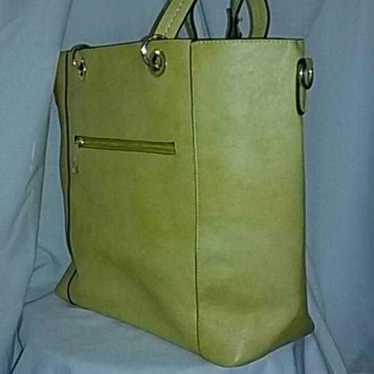 DOUBLE HAPPINESS Tote in YELLOW Image 2