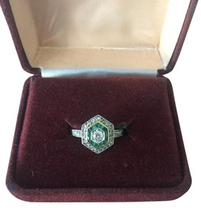 Other Art Deco Emerald Ring Unique Style