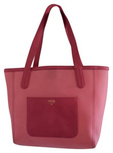 Fossil Tote in coral pink