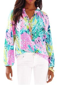 Lilly Pulitzer Top $107 ** Free Shipping ** NWT