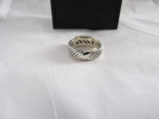 David Yurman Metro Collection - Pave' Metro SS/18k Diamond Ring; Size 6.75 Image 7