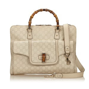 Gucci 7cgubc001 Satchel in White