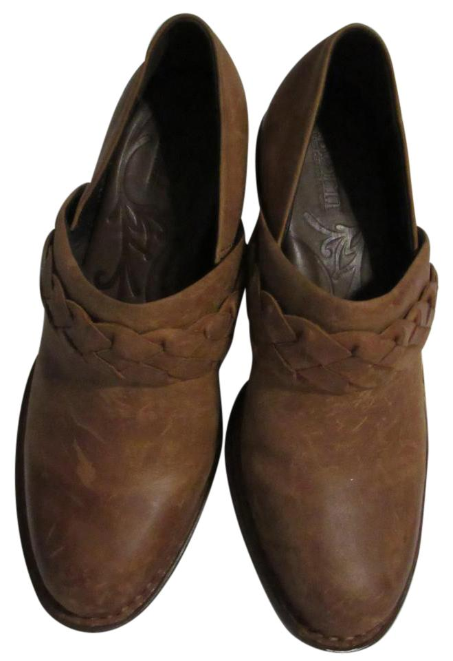 B?rn Brown / Tan Leather Boots/Booties with Braided Trim Boots/Booties Leather ec14b0
