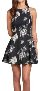 Abercrombie & Fitch short dress black with roses print on Tradesy