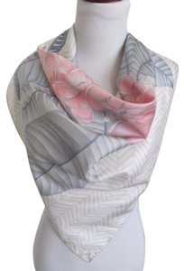 "Jim Thompson Beautiful Gray Floral Thai Silk Scarf - 32"" Inch 81 cm Sq"