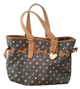 Dooney & Bourke Tote in Gray and Tan