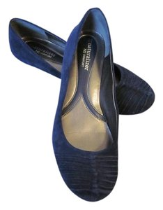 Naturalizer Suede Navy Navy Blue Flats