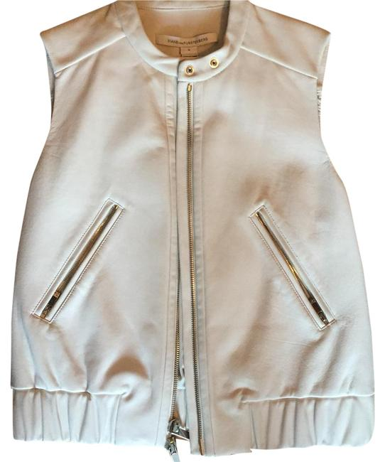 Item - White Buckley Vest Size 6 (S)