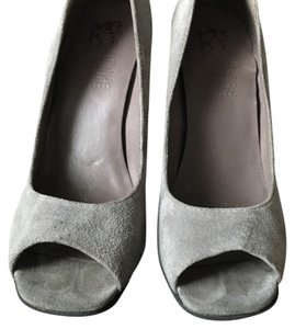 MRKT grey/ black Pumps