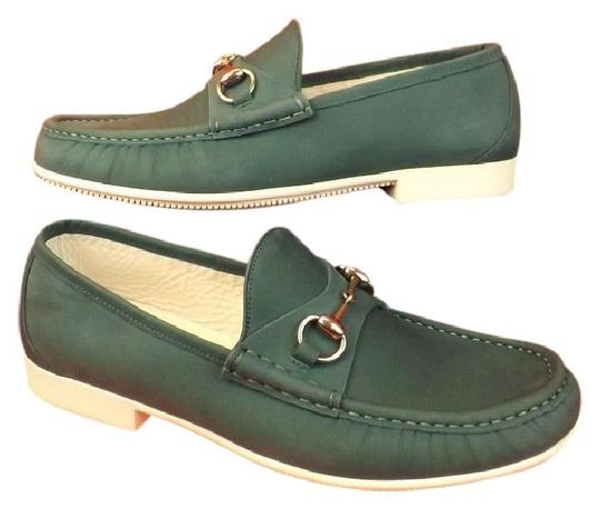 Preload https://img-static.tradesy.com/item/21305871/gucci-green-horsebit-mens-rafer-grass-waxed-leather-silver-loafers-9-10-shoes-0-0-540-540.jpg