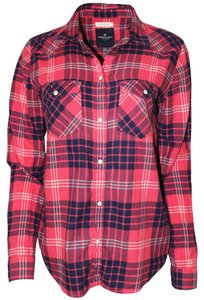 American Eagle Outfitters Shirt Plaid Cotton Machine Washable Button Down Shirt Red Combo