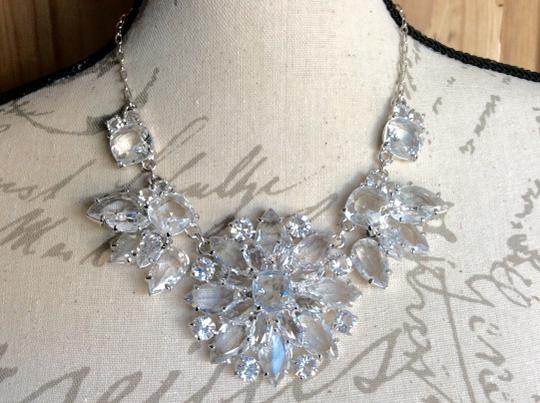 Kate Spade AMAZING CRYSTAL GRAND FLORAL STATEMENT NECKLACE IN SILVER Image 4