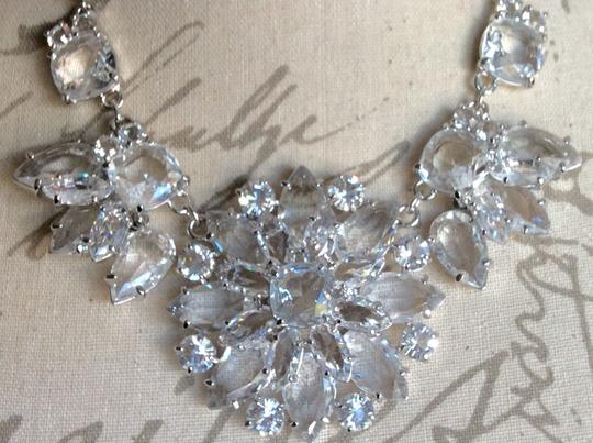 Kate Spade AMAZING CRYSTAL GRAND FLORAL STATEMENT NECKLACE IN SILVER Image 5