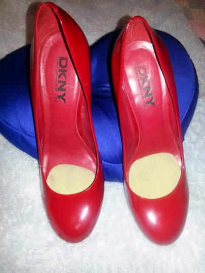 DKNY Leather Made In Brazil Red Pumps