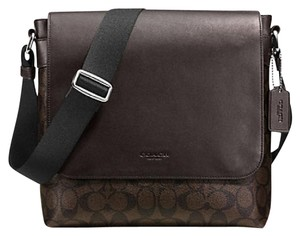 Coach Cross Body File Laptop Charles Messenger Brown signature Messenger Bag