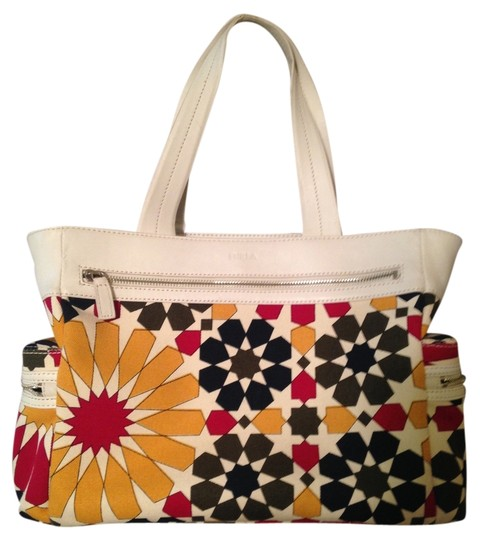 Furla Satchel in White leather, patterned canvas with olive interior
