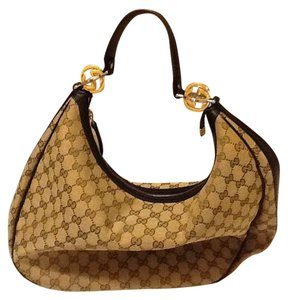 0febfe55122 Gucci Gg Canvas Made In Italy Interior Pockets Zipper Closure Tote in Beige  with Brown leather
