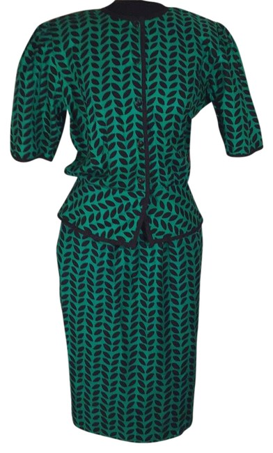 Item - Green and Black Skirt Suit Size 10 (M)