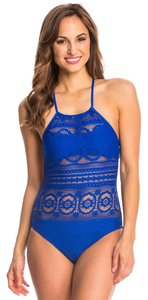 Kenneth Cole Reaction Kenneth cole reaction suns out buns out neck one piece swimsuit