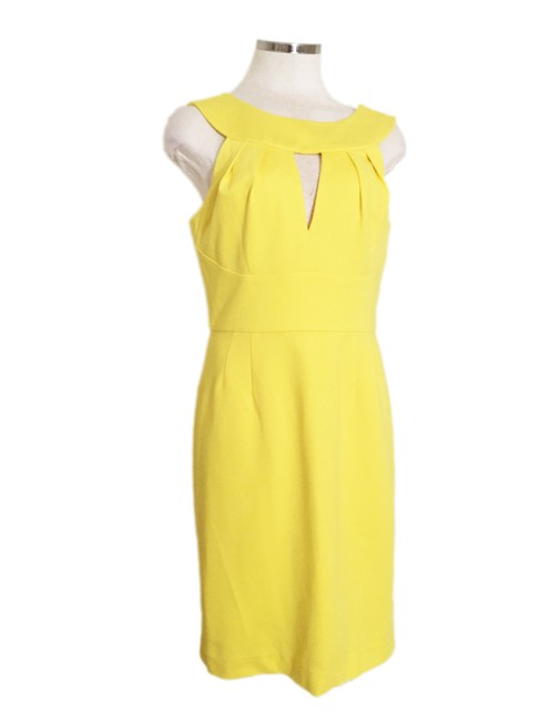 Item - Yellow Sheath Mid-length Cocktail Dress Size 4 (S)
