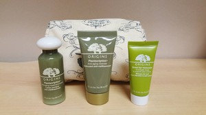 Origins Origins Skin care travel size + Cosmetic bag