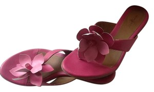 Jaclyn Smith Pink Sandals