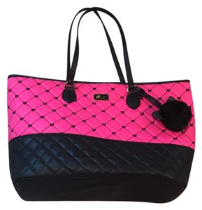 Betsey Johnson Tote in black and pink