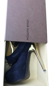 Louis Vuitton Suede Rare Color Gold Tone Peeptoe Lv Navy Blue Pumps