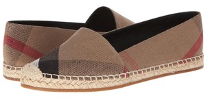 Burberry Black and Beige Flats