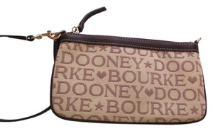 Dooney & Bourke Wristlet in Tan/Brown