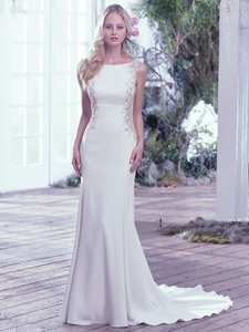 Maggie Sottero Ivory Crepe Andie Formal Wedding Dress Size 6 (S)