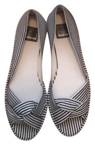 Dolce Vita Nautical Bold Preppy Summer Navy and white stripe Flats