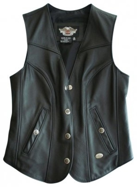 Preload https://item5.tradesy.com/images/harley-davidson-black-leather-riding-vest-size-2-xs-21314-0-0.jpg?width=400&height=650