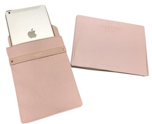 Valentino Valentino IPad mini sleeve in baby pink
