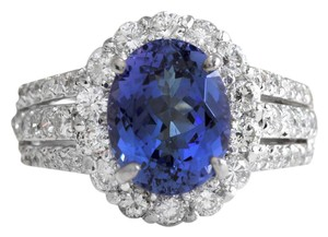 Other 5.15 Carats Natural Tanzanite and Diamond 14K Solid White Gold Ring