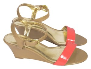Chinese Laundry Nude Coral Sandals