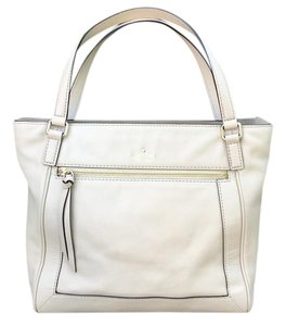 Kate Spade Tote in Beige (Biscotto)